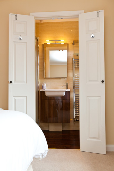 Quality kitchens bathrooms and extensions dean chapman for Bathroom door ideas for small spaces